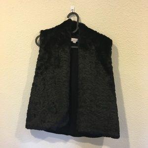 LOFT Jackets & Coats - LOFT black and white fur vest
